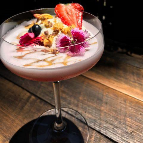 Elderflower Pavlova Cocktail