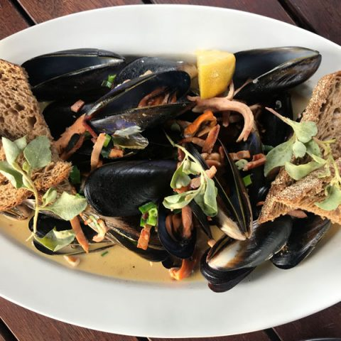 Spencer Gulf Mussels w/ Smoky Bacon & Cider