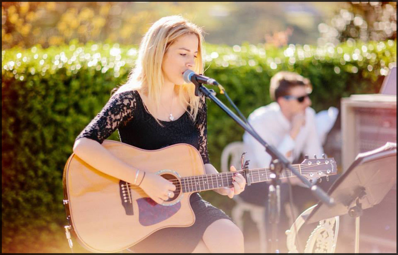 Chloe Neilsen Sunday Sessions